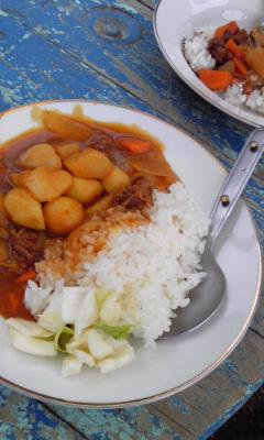 釜戸で炊いたご飯でカレー